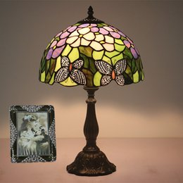 $enCountryForm.capitalKeyWord NZ - European Style Vintage Butterflies Table Lamps Glass Desk Lights for Living Room Bedroom Bedside Study Reading Lamp Home Lighting Decor