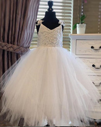 $enCountryForm.capitalKeyWord Australia - 2019 real picture Spaghetti Lace Tulle Flower Girl Dresses For Wedding White Ball Gown Princess Girls Pageant Gowns Children Communion Dress