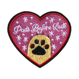 $enCountryForm.capitalKeyWord Australia - 9CM Heart Shape Embroidered Sew Iron On Patches Paw Pads Laps Badges For Dress Bag Jeans Shirt DIY Appliques Craft Decoration