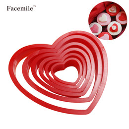 Cutters Press Cookies Australia - Facemile 6PCS Set Love Plastic Heart Press Cookie Biscuit Cutter Set Fondant Sugarcraft Gift Valentine's Day Baking Tool 02032