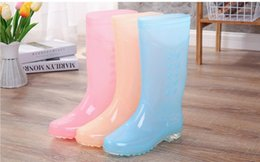 Hot Sale-ng and autumn big size add fleecy rain boot in tall box mother rubber shoe candy color long tube water shoe on Sale