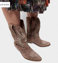 brown women heel booties Australia - 2019 Fashion women boots block heel embroidery boots women red leather boots ladies mujer botas party shoes western booties
