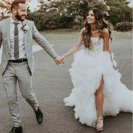 $enCountryForm.capitalKeyWord Australia - Strapless Ball Gown Wedding Dresses Vintage Appliques Beaded Front Split Illusion Bodice Tiered Tulle Skirt Women Wedding Gowns