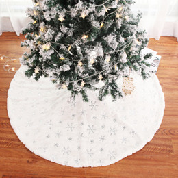 holiday party skirts Canada - Home Decoration Cover Handicraft Round Solid Embroidery Festival Christmas Tree Skirt Holiday Practical Stylish Party Atmosphere