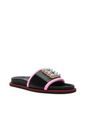 China new arrival mens and womens fun fair studded logo Slides sandals girls boys street fashion flat slippers suppliers