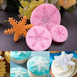 christmas fondant UK - set Christmas Snowflake Silicone Mold Snow Flower Fondant Chocolate Gumpaste Sugarcraft Mold Cake Decorating Tools