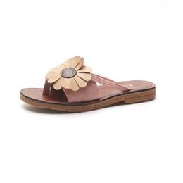 6bd39cdedc0798 Sandals Women s Summer 2019 New Flowers Flat Flip Flops Fashion Wear  Non-slip Soft Bottom Beach Slippers