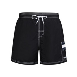 $enCountryForm.capitalKeyWord NZ - Mens Designer Shorts Summer Casual New Style Brand Shorts Beach Pants Sports Shorts Black and White Asian Size M-2XL