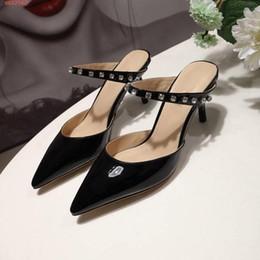 $enCountryForm.capitalKeyWord Australia - 2019 Spring  summer New style on the market, Women diamond-encrusted pointed high-heeled slippers, street style fashion slippers