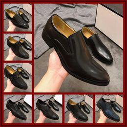 $enCountryForm.capitalKeyWord Canada - New Men Shoes Dress Leather Shoes Men Loafers Winter Footwear Elegant Patent Mens Designer Famous Brand Formal Wedding Shoe Size 38-45