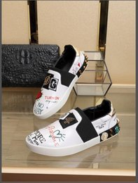 Toptan satış En erkek ayakkabı 2018 lüks düz rahat ayakkabılar 35-44 D N G kalite graffiti platformu ayakkabı çift modelleri ücretsiz kargo