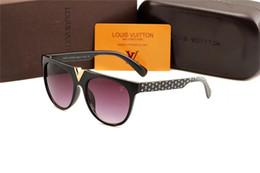 Product Brand Color Australia - Home> Fashion Accessories> Sunglasses> Product detail High quality Polarized lens pilot Fashion Sunglasses For Men and Women Brand designe