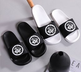 $enCountryForm.capitalKeyWord Australia - 2019 new sandals and slippers men's trend out of the street bathroom slip Chinese dragon totem board home female couple sandals and slippers