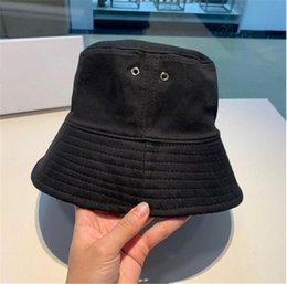 Bucket Hat Cap Moda Stingy Brim Chapéus respirável Casual Equipados Chapéus 9 modelos altamente Qualidade em Promoção