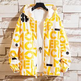 $enCountryForm.capitalKeyWord Australia - New Designer Men Jacket Coat fashion windcoats high-quality Designer Nylon coat Thin Casual Men Tops Clothing M-3XL Asian size check