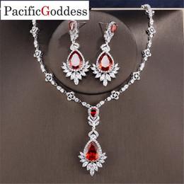 $enCountryForm.capitalKeyWord Australia - wholesale Boom Luxury Twist Wedding Bride Cubic earrings Necklace Jewelry Set brilliant Jewellery Addiction