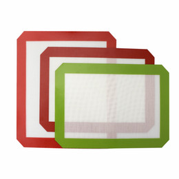 Wholesale Non-Stick Silicone Dab Mats (11.8 x 8.3 inch) Silicone Baking Mat for Wax Oil Bake Dry Herb Glass Water Bongs Rigs