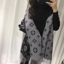 $enCountryForm.capitalKeyWord UK - Feathers Plaid Check and Solid Cashmere Feel Winter Scarf L Scarf For Women
