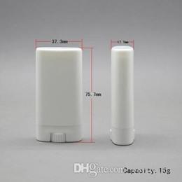 300pcs / Clear / White Oval 15g Los 15ml Twist Runde Lip Balm Rohr Deodorant Container-freies Verschiffen weiß Lippenrohr im Angebot