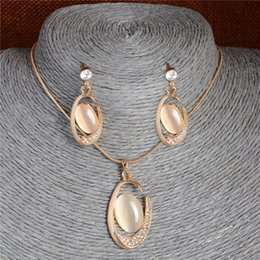 $enCountryForm.capitalKeyWord Australia - Brand Natural Cat's Eye Stone Jewelry Sets Pendant Necklace Earrings For Women Wedding Crystal Jewelry gold parure bijoux femme