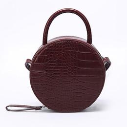 Designer Hand Clutches UK - Brand Crocodile Pattern Women Handbag Leather Small Round Bag Designer Shoulder Messenger Bag Evening Clutch Lady Hand Bags 2019 Y190606