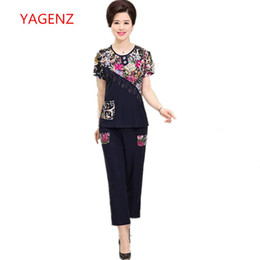 Summer Short Pants Set For Woman Australia - 2018 Female clothes NEW 2 piece set women fashion Summer clothes for womens printing pant and top plus size two piece sets T5190610