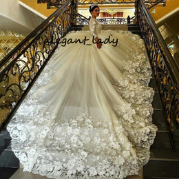 $enCountryForm.capitalKeyWord Australia - Fairytale Ball Gown Wedding Dresses With Bling Train Jewel Neck Handmade Flower Crystal Beaded Appliques Lace Bridal Gowns Princess arabia
