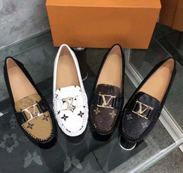 Design italian shoes online shopping - Designed for women Loafers Handmade Italian Designer Metal Letter Buckle Slip On Boat Shoes Casual Canvas Shoes Size With box L6