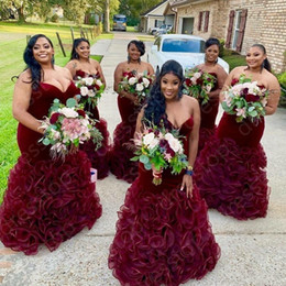 2020 Plus Size Burgundy Velvet Mermaid Bridesmaid Dresses Sweetheart Backless Tiered Ruffle Party Wedding Guest Gowns Maid Of Honor Dress on Sale