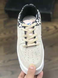 $enCountryForm.capitalKeyWord Australia - Cheap Womens Force One Running Shoes Real SAGE LOW Light Pink White Sneaker Casual Shoes With Original Box Free Shipping
