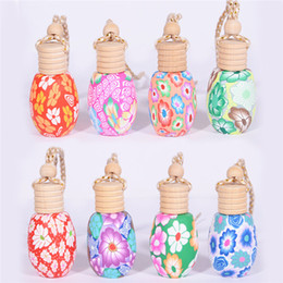 porcelain gift ornaments Australia - Best selling fashion ceramic oil bottle car ornaments car home lanyard empty perfume bottle wooden gift bottle can be customized SZ349
