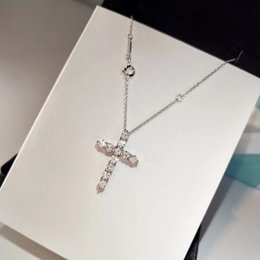 Platinum Gold Alloy Australia - 2019 hot sale ladies pendant necklace hip hop silver cross pendant jewelry ladies necklace with out of the chain alloy gold-plated jewelry