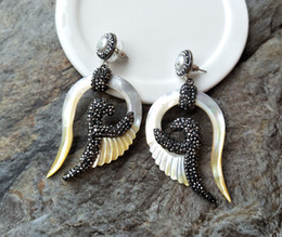 $enCountryForm.capitalKeyWord Australia - Gorgeous natural Shell earrings,carved Wing shape charms earrings, Pave Zircon Pearl Jewelry For Woman ER162