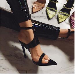 Fashion2019 High Cómodo con Sharp Rome Shoe Wind Sandalias de cuero charol en venta