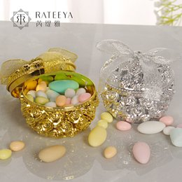 gold candy boxes UK - Manufacturers Direct Selling Hollow out Gold Plated Candy Box Fragrance Box Accessories Storage Candy Wedding Supplies W
