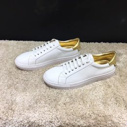 Shoe Engraving NZ - Mens Womens Casual Shoes Summer Breathable Sneaker Engraved Leather Paris White Shoes Muffin Sports Sneakers Flat Leather hl18100520