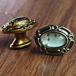 $enCountryForm.capitalKeyWord Australia - Retro style crystal drawer shoe cabinet knob pull antique brass yellow bronze kitchen cabinet cupboard door oval handle
