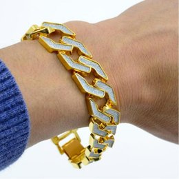 $enCountryForm.capitalKeyWord Australia - Hip Hop Gold Color Out Crystal Miami Cuban Chain Gold Silver Bracelet Fashion Party Jewelry Gift Men Bracelet wholesale