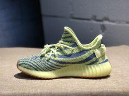 Blue frozen shoes online shopping - 2019 white cream frozen yellow beluga bred red night Zebra yebra Kanye West Running Shoes blue tint sneaker