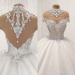 Bola de vestidos de novia vestido de lujo con el casquillo del cuello mangas transparentes bolas de cristal de cuello alto vestidos de boda de la parte posterior atractiva de la cremallera robe de mariee en venta