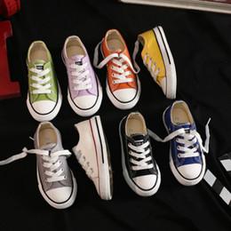 Toptan satış Çocuk Moda Tuval Ayakkabı 2020 Yeni Geliş Çocuk Klasik Düşük üstü bağcıklı ayakkabı Erkekler Kızlar Unisex Günlük Ayakkabılar 13 Renkler Yeni