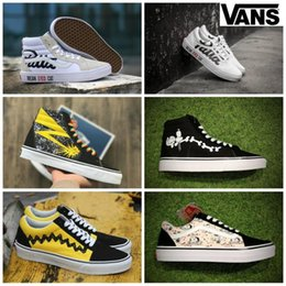 776dfb3bc5 2019 Vans Peanuts Mens Womens Canvas Skate Shoes Snoopy Cartoon Comic Old  Skool High-Top slip on zapatillas de deporte Casual Sneakers 36-44