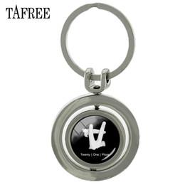 $enCountryForm.capitalKeyWord Australia - TAFREE Twenty One Pilots Keychains Fashion Rotatable Key Chains Key Ring Car Bags pendant simple cool Jewelry H272