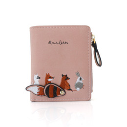 $enCountryForm.capitalKeyWord UK - Cute 2-fold Wallet New buckled pocket purse Student Trend Small Wallet Love-shaped embroidery thread Letter litchi pattern New woman style F