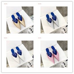 Wholesale 2019 Summer New Glitter Knife Mules fashion Pointed toe low heel sandals slipper women pink gold white silver outdoor comfortable scuffs