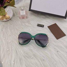 $enCountryForm.capitalKeyWord Australia - New fashion High Quality Classic Pilot Sunglasses Brand Mens Womens Sun Glasses tom Eyewear Gold Metal Glass Lenses Case bag belt gg 8206