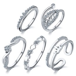 $enCountryForm.capitalKeyWord Australia - 5 PCs Women 'S Rings Set Love Heart Shape Leaf Pattern Rhinestone Decor Accessory Heart Leaves Crown Set Ring leaves Five Pieces