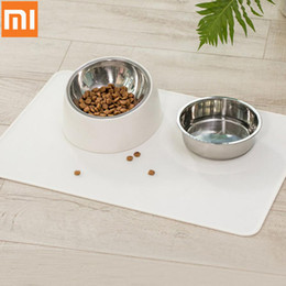 Discount pads for pets - Xiaomi Youpin Feeding Mat Pad for Pet Dog Puppy Cat Anti-leakage Waterproof and Dirt Resistant Silicone Placemat