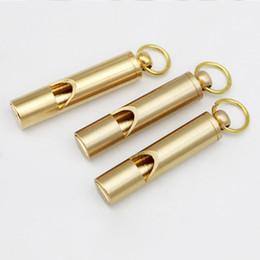 Vente en gros Sifflet de sauvetage en laiton de qualité supérieure mini-sifflet en laiton portable