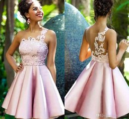 pink dress patterns lace NZ - 2020 New Pink Short Lace Cocktail Dresses Lovely One Shoulder Prom Homecoming Party Cocktail Gown Celebrity Graduation Dresses BC2038